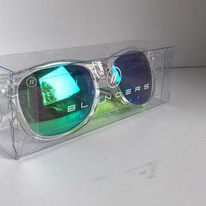 84a3b3c3a51a1 blenders eyewear Accessories - Blenders Wayfarer Natty Ice Lime Mirror  Sunglasses